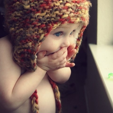 CUTE BABY :)) OOOOPS! i guess HER CRUSH is waiting OUTSIDE their house!