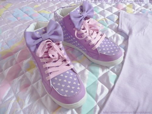 Cute shoes with bows ♥_♥