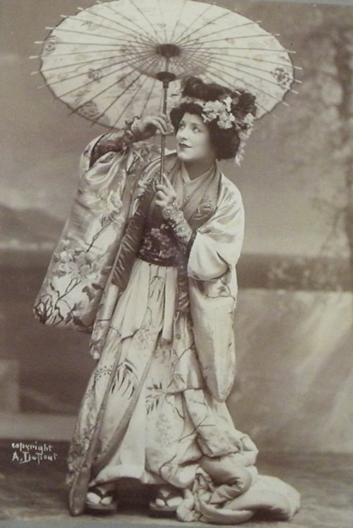 Geraldine Farrar in Madame Butterfly - Photographed by Greta Dupont