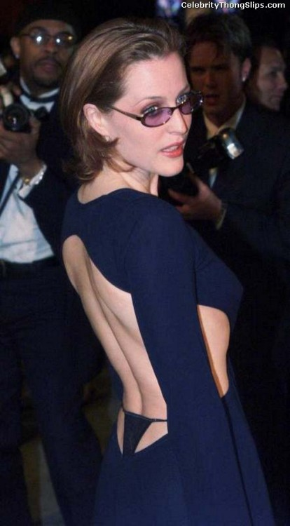 wardrobemalfunction:  Gillian Anderson - Whale tail