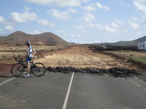 pedalfar:  Penny writes home from Lanzarote | On The Drops
