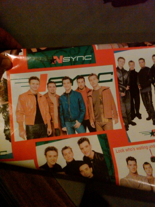 javisfx:  kmwilson:  Yes people. This is N'Sync wrapping paper.  Gangster.