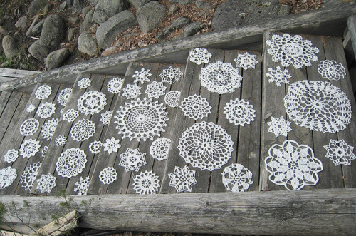 raspberrytart:  Doilies on the stairs, WIP (by Jatta)
