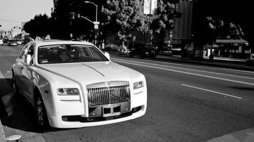 Saw one of these yesterday in Arcadia. I used to be like eww about Rolls Royces but this one was like woo