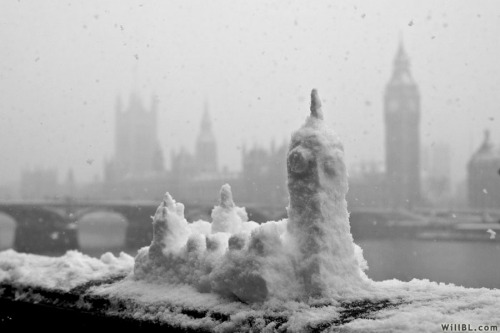 black-and-white:  snow castle | by willbl