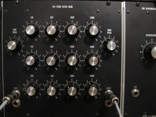 moog IIIp filter bank by analog tara, march 2010