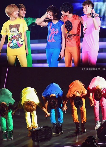 shiningkamilia:  colorful shinee :))