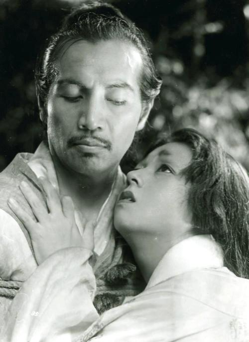 Masayuki Mori & Machiko Kyō in Rashomon (1950, dir. Akira Kurosawa) (via) Marge: C'mon, Homer, Japan will be fun. You liked Rashomon. Homer: That's not how I remember it. -The Simpsons, Thirty Minutes Over Tokyo
