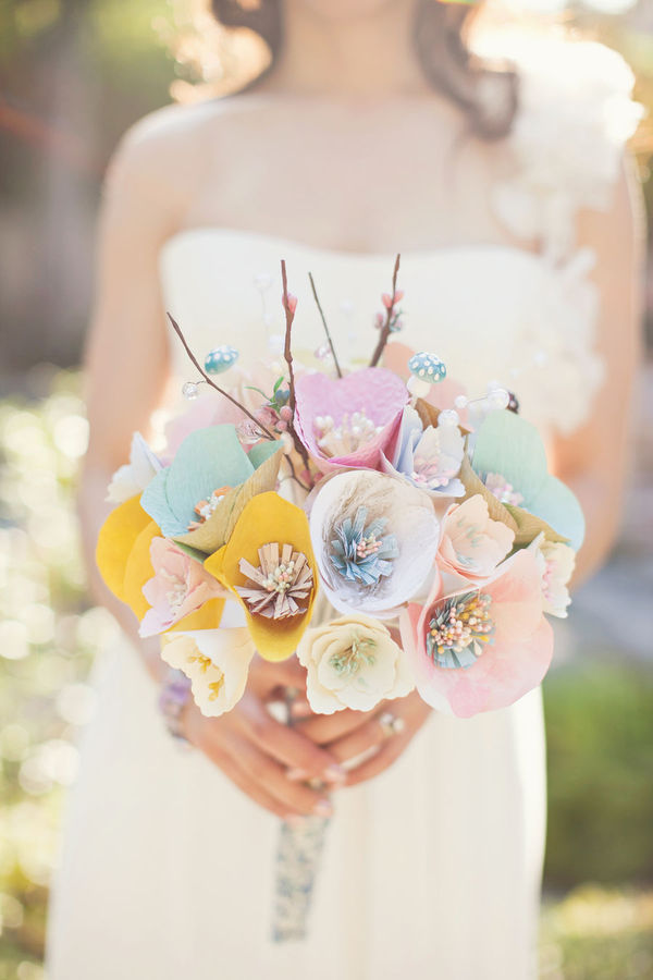 sweepmeup:  Super sweet DIY paper boquet