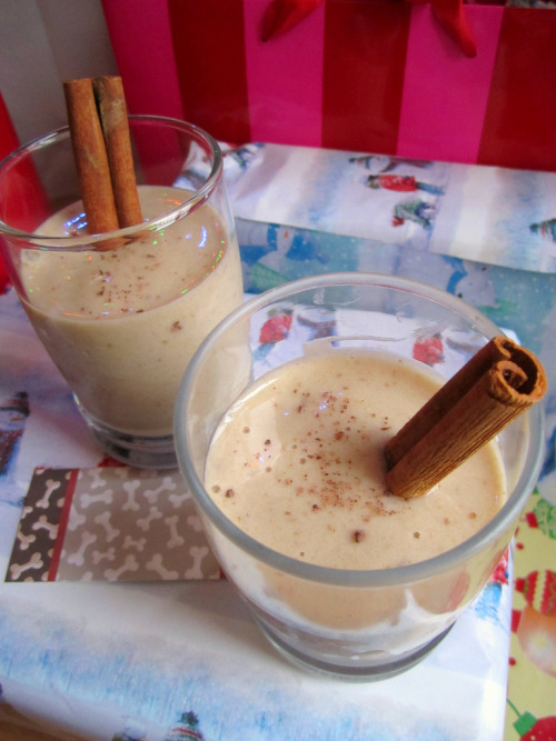 "Jill of Vegan Backpacker made smoothies with Rice Dream Rice Nog,  frozen bananas, dates, cinnamon sticks, and ""a little"" cocoa powder. She says that ""it made for a very merry holiday breakfast."" Thanks, Jill, they look gorgeous! You guys, Canadians know where's it at. [send us your holiday food photos! we're taking them through Saturday, Jan. 1!]"
