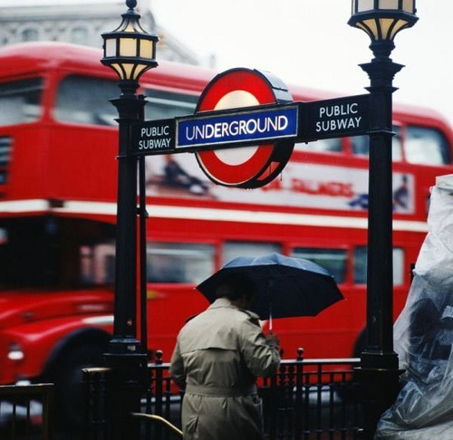London Bus & Train (by Faredodger)