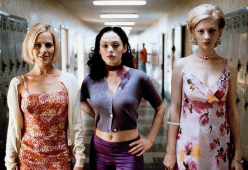 best-sundaydress:  thereal1990s:  Jawbreaker (1999)   the original mean girls  It's not like we kill people… on purpose. oh and p.s. Judy Greer is one of the most underrated actresses of all time. She can usually be found playing second or third fiddle to some huge star in whatever romantic comedy is hot at the moment, and it's kind of a shame.