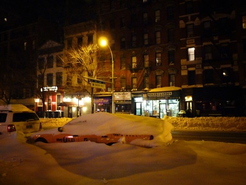 nythroughthelens:  East Village, Manhattan.