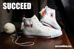 Knit sneaker succeed