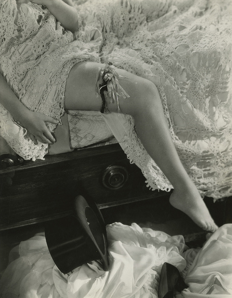 "historiful:  Seduction - the leg of actress Miriam Hopkins (1902-1972), from Rouben Mamoulian's film, ""Dr. Jekyll and Mr. Hyde,"" 1931."