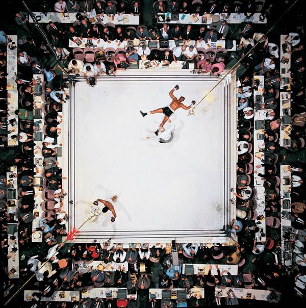 dykefight:  Muhammad Ali vs. Cleveland Williams Houston Astrodome (80ft above the ring)1966 Photo: Neil Leifer This is often regarded as one of the greatest sports photographs of the 20th century and is Leifer's favourite photograph of his 40 year career.
