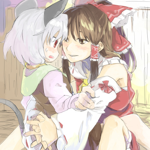 Yuri spam - Reimu x Nazrin The shrine maiden is really, really hungry.