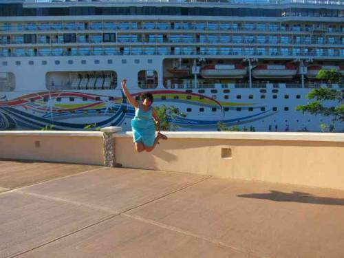 Stellar jumping by Ansley W. in Mahogany Bay, Honduras!