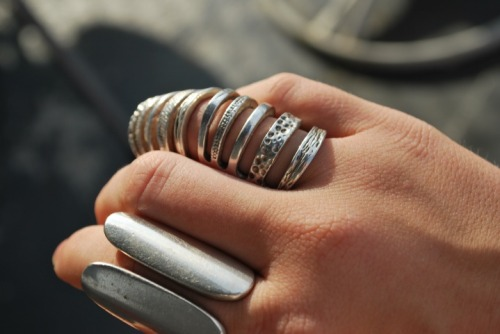 tell me where i can find rings like these…