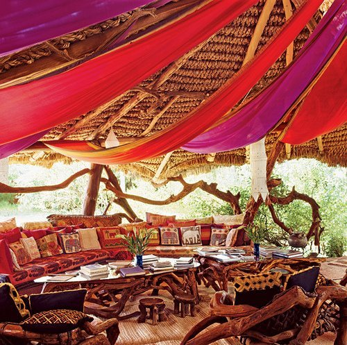enchantedvagabond:  I want a gypsy treehouse