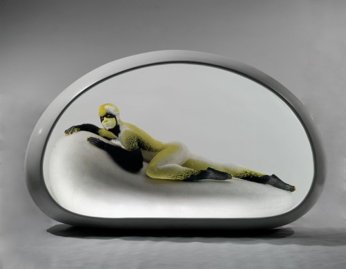 iheartmyart:  Unmask, 0° No.4, 2009, Stainless steel, fiberglass, fleece and silica gel, 160x250x160cm