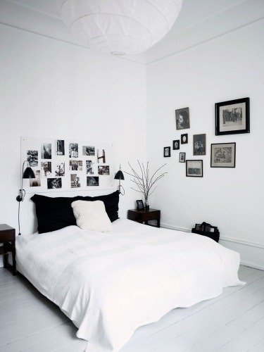 A bedroom in a home in Denmark. Photo by Birgitta Wolfgang Drejer for Bolig Magasinet.