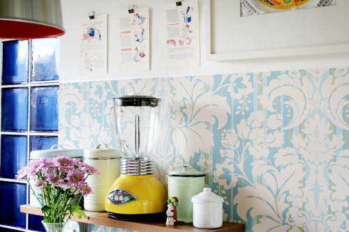 hello, cute kitchen!