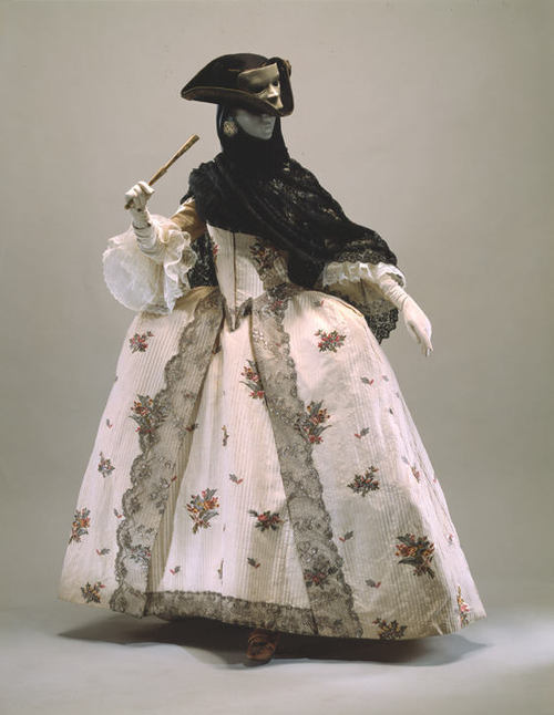 defunctfashion:  Ensemble | c. 1770s