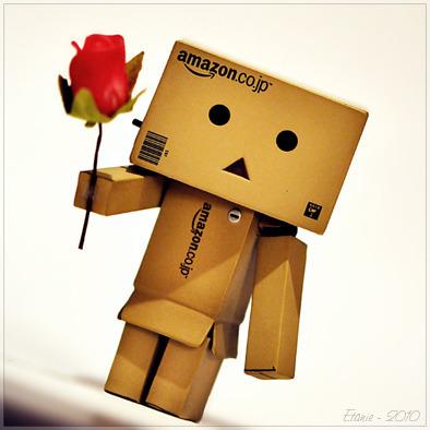 thingsyouwilllove:  A vida é como uma rosa, cada petala uma lembrança, cada espinho uma decepção (I need you with me)