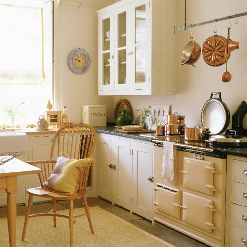kerrienicole:  via www.housetohome.co.uk