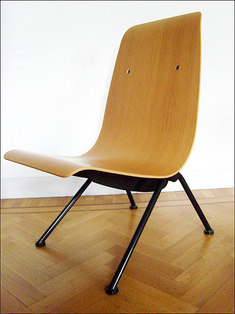 Chaise Antony, Jean Prouvé, Atelier Jean Prouvé, 1948 - Vitra, 2000 | Flickr - Photo Sharing!