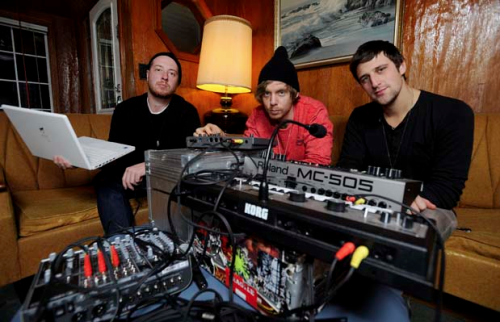 Sparks fly in Vancouver's sizzling electro scene  VANCOUVER — If you paid attention to what was happening in the music blogosphere in 2010, three names from Vancouver's electro scene kept being repeated over and over again, and not just in the 604 area. Party duo Humans, chilly electro-popster Teen Daze and grimy noisemaker Babe Rainbow put out three EPs that knocked us out, each in their own special way, and 2011 could prove to be the year where the loop is looped and their names truly become household. How and why could Vancouver's electro bubble finally burst? Here's the deal.  Read more
