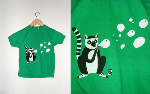 Lemur T-shirt (by Karin Söderquist) — Cute design!
