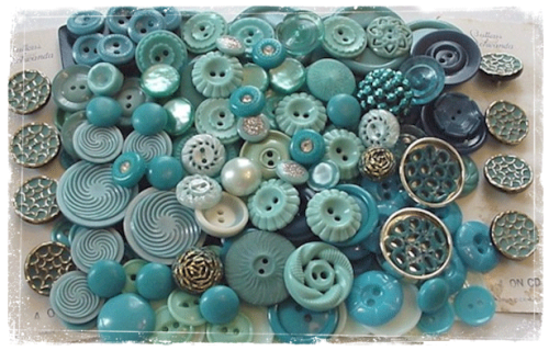 igottheblues:  blue buttons  Gorgeous!