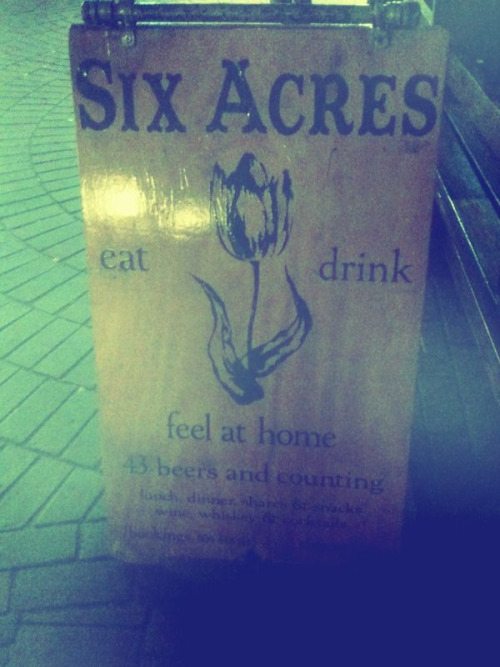 Six acres, so good. I have sweet sweet dreams about it. Gluten free shoestrings fries… Garlic butter/cheese popcorn. Ohh six acres I love you.