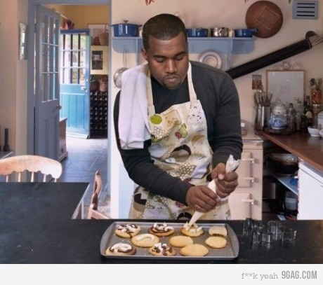 Who knew Kanye could cook/bake or whatever? :)) DAYUUUUUUM I wonder if it's worth the taste?