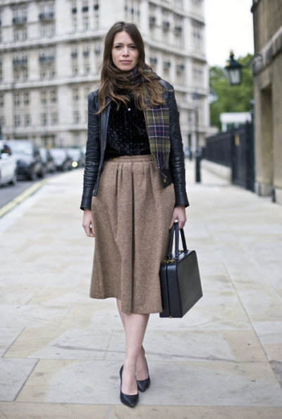 calivintage | London Brown Skirt | Street Fashion | Street Peeper | Global Street Fashion and Street Style