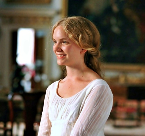 Another Jane Austen fan realising a dream by participating in the film is Tamzin Merchant. She was cast as Georgiana, Darcy's sister, after writing a letter to the casting director and explaining how she was perfect for the part. After meetings, Tamzin was indeed offered the role, even though she had no previous acting experience. The novice threw herself into the work, even learning to play the piano selections that Georgiana would be playing on-screen.