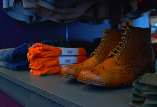 suitsandboots:  Those boots…  Quite a handsome pair.