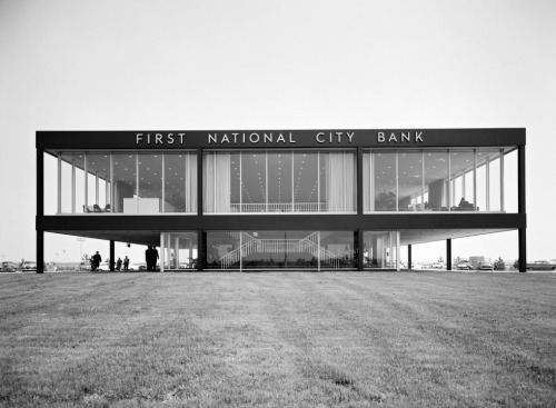 garchitecture:  First National City Bank, Queens, New York, 1960 by Skidmore, Owings & Merrill. Photo by Ezra Stoller