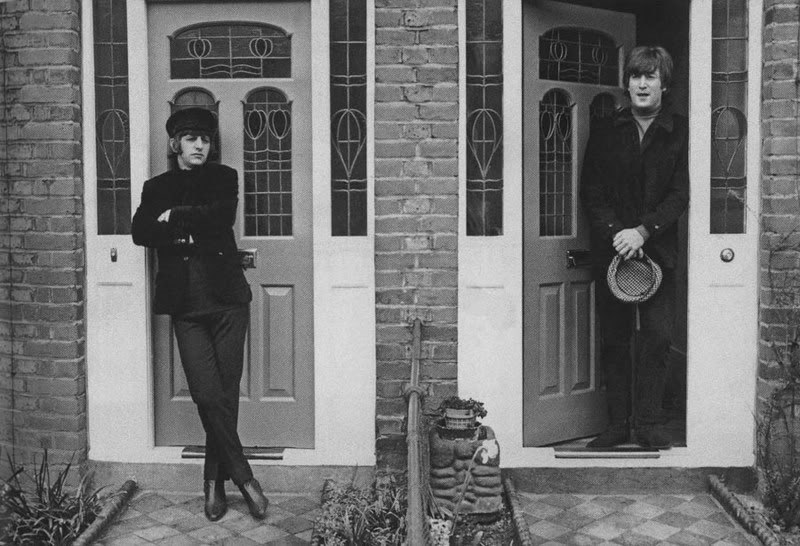 shesinacoma:  Ringo and John