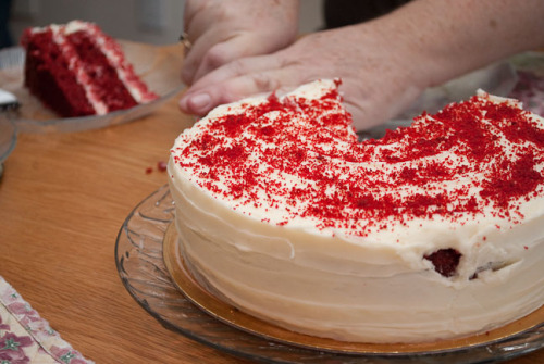 One last photo before I head to bed…  Mum wanted red velvet cake for her birthday, and red velvet cake she got.  I took this Saturday.  Nikon D3000, Nikkor 18-55 VR, SB-600 ISO 400, 48mm, F5.6, 1/80sec