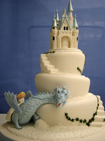 And what fairy tale wedding  doesn't inculde a dragon, I love it.