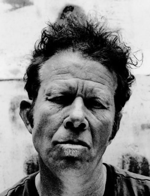 tamburina:  Tom Waits
