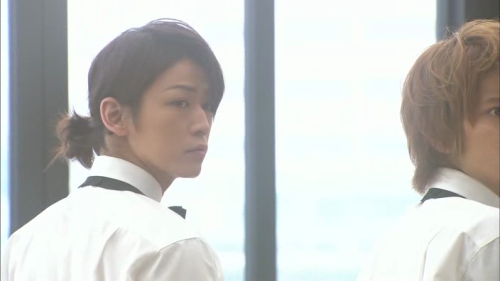 koiyake:  a;slkdga love kame's hair like this *___*