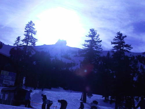 Sun is about to hide behind the mountain…