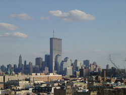 dontmugyourself:  World Trade Center from Jersey City Heights.