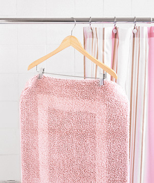 Pant Hanger as Bathroom Mat Drying rack