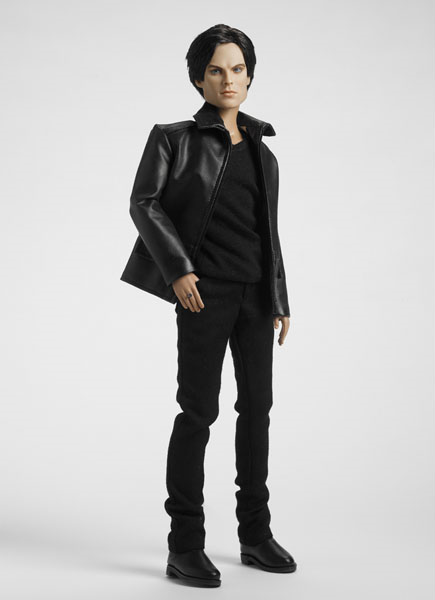 I would do several dirty things with this Damon doll. Yes, I'm a perv. So what?