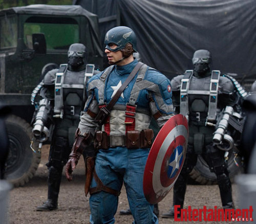 First look at Chris Evans in the Captain America suit